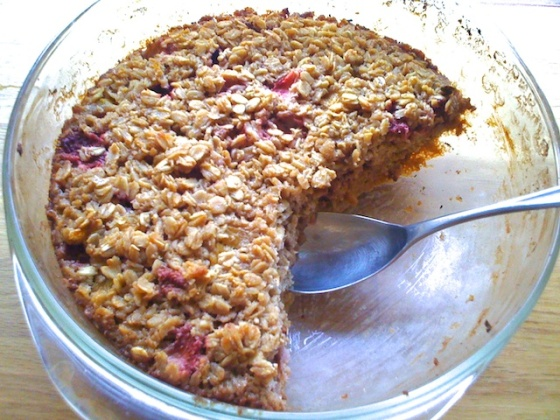 Baked Oatmeal ++ the pear and plum