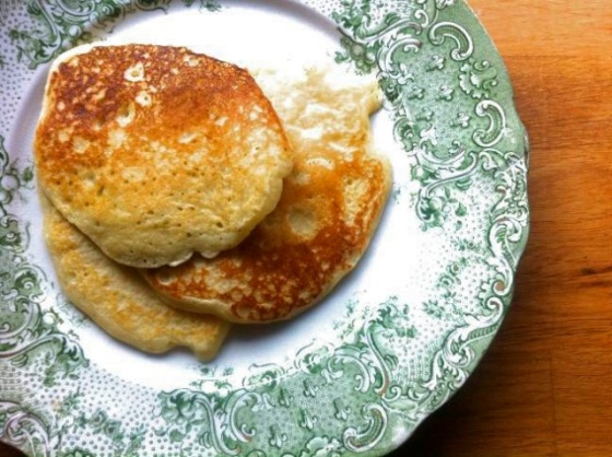 buttermilk pancakes ++ the pear and plum